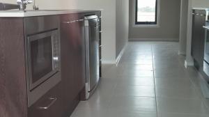 microwave & dishwasher