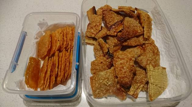 cheese crackers and pork crackling