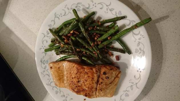 Salmon, beans and almonds